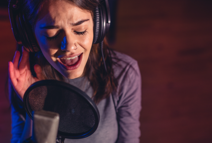 Do Online Voice Lessons Actually Work?